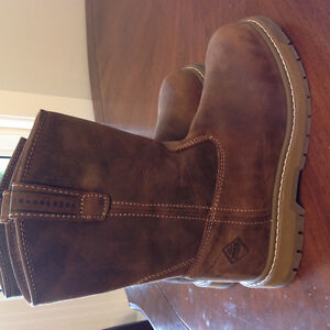 Never worn. Muck Boots. Size 7