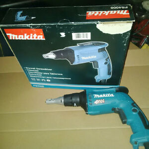FOR SALE - DRYWALL SCREW GUN