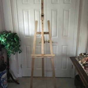 LARGE ADJUSTABLE ARTIST EASEL