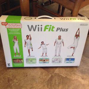 Planche Wii fit plus avec jeu