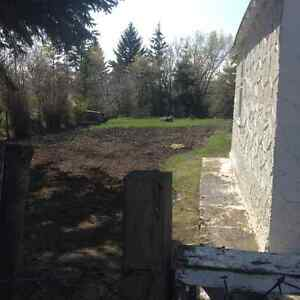 Taking Offers on House in Donalda Strathcona County Edmonton Area image 3