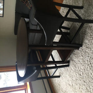Pub Table with 2 chairs