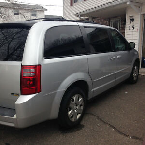 (REDUCED) 2008 Dodge Grand Caravan SPECIAL EDITION Minivan, Van