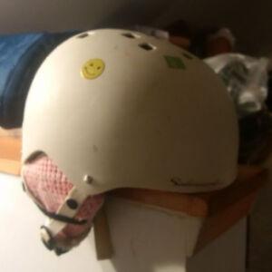 Girl's Solomon Ski and Snowboard Helmet