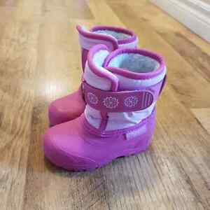 Toddler girls size 5 winter boots