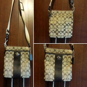 Coach crossbody/swingpack  $80