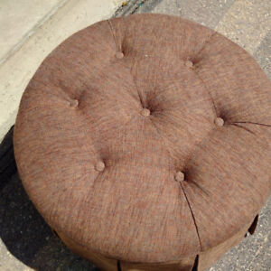 Round Fabric Pleated Ottoman