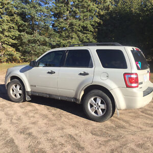 CERTIFIED 2008 Ford Escape SUV, Crossover