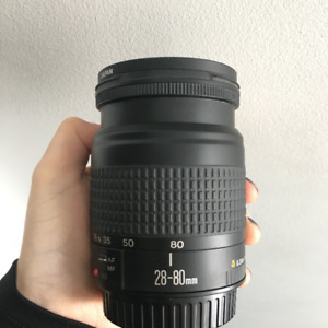 Selling Canon EF 28-80 mm f/3.5-5.6 II Lens / Prix Negotiable