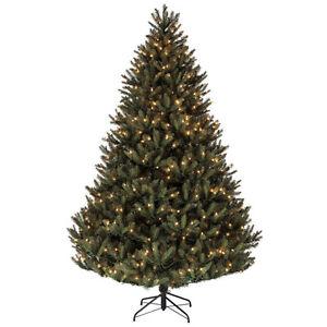 Sapin de Noël Douglas de 2,29 m (7.5 pi) à vendre