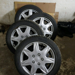 225/50 R17 Dunlop Graspic DS2 winter tires