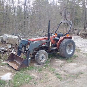 Case 245 4WD Diesel Tractor with Turf Tires
