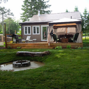 Waterfront Cottage for rent by day or week Sept/Oct 2016