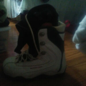 DC Pumpup Snow boord boots size 9 price paid was 100  902862658