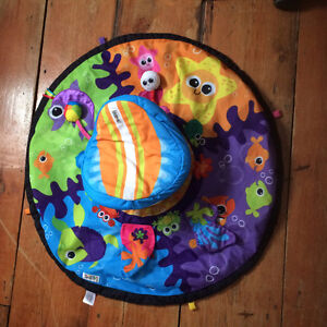 Tummy time activity mat