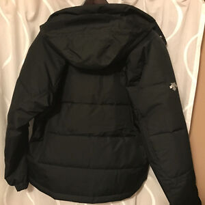 MENS DESCENTE SKI JACKET. BRAND NEW WITH TAGS