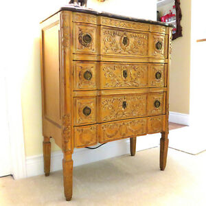 3 Drawer Carved Antique Gold Chest West Island Greater Montréal image 2