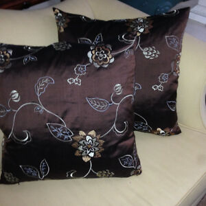 PAIR OF DOWN FILLED DECORATOR PILLOWS (brown)