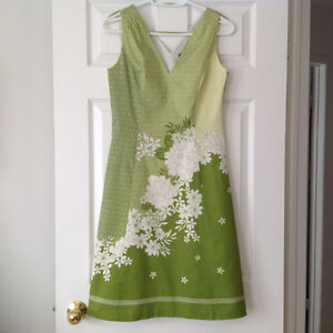 Vintage  Ann Taylor Dress size 2, never worn.