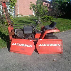 Jacobsen 1650 Lawn Tractor 16HP Cambridge Kitchener Area image 1