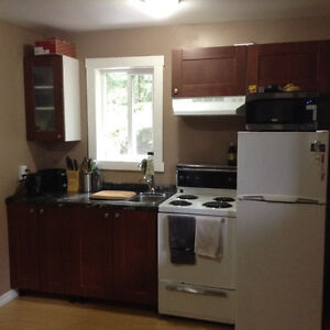 1bedroom apartment View Friday or this weekend