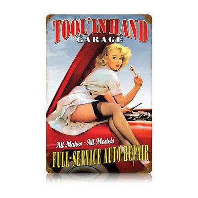 TOOL IN HAND PIN UP GIRL Schild 44,5cm MOPAR V8 MUSCLE HEMI USA HOT ROD Mobilgas