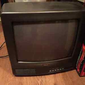 Petite TV