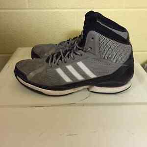 Adidas Basketball shoes Kitchener / Waterloo Kitchener Area image 2