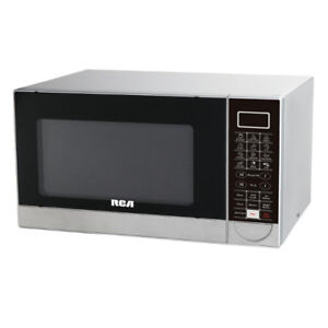 RCA 1000W Stainless Steel Microwave