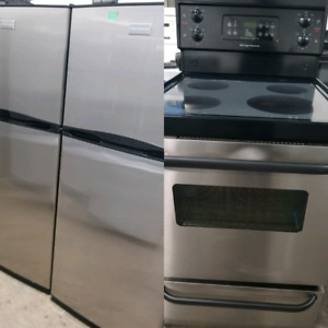 "FRIGIDAIRE 24"" GLASS TOP ELECTRIC RANGE"