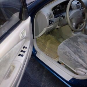 1998 Toyota Corolla LE Sedan