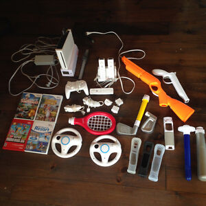 Wii console with wode, + lot (MANY ITEMS)