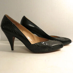 3 Pairs Woman's Shoes Snake Skin Even Piconet 7 - 8 M Black Grey Kitchener / Waterloo Kitchener Area image 2