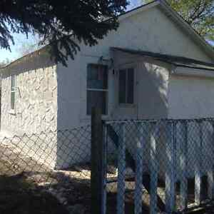 Taking Offers on House in Donalda Strathcona County Edmonton Area image 1