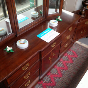 2pc vintage design wooden vanity with large mirror only $350