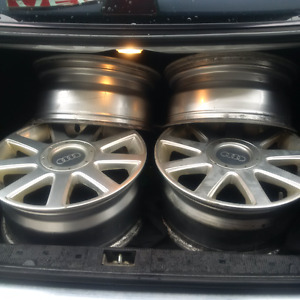 "AUDI 5X112 16 INCH ALSO FITS VW TRADE for E320 16""w210 mags"