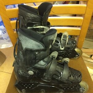 Rocks Roller blades Kitchener / Waterloo Kitchener Area image 1
