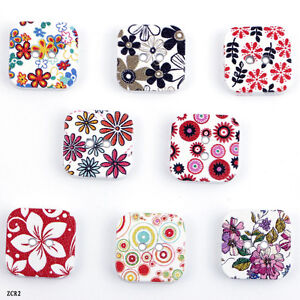 70PC Flower Painting Square Wooden Sewing Buttons Scrapbooking Collectable ZCR2