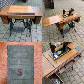 Antique 1915 Singer Sewing Machine Table With Original Instructions