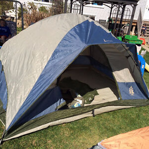 Woods 4 person tent