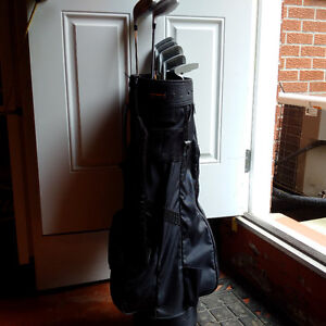 Spectra golf clubs with bag