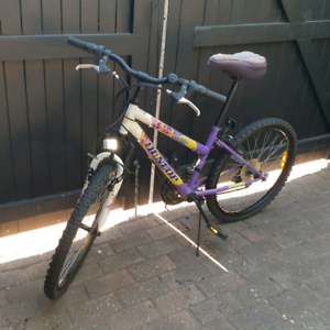 """26"""" Dunlop bike. 18 speed Shimano gears. Brakes need to be fixed,"""