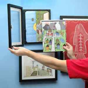 Child artwork frame that opens and stores their masterpieces Windsor Region Ontario image 1