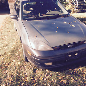 2003 Ford Focus Green Wagon