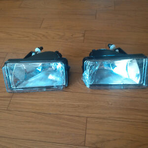 New 07.5 to 2010 Chev Silverado fog/driving light Left and Right