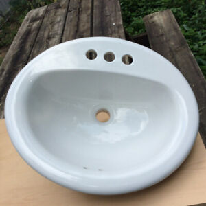 Porcelain Oval Sink $45 White