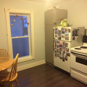 AttentionTrent Students Large ONE bedroom apartment