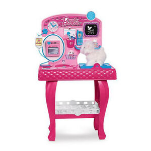 NEW: Barbie Pet Vet & Groomer Station -(Reg. $89.99+tax=$101.69)