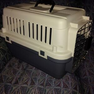 Sturdy Carry Crate