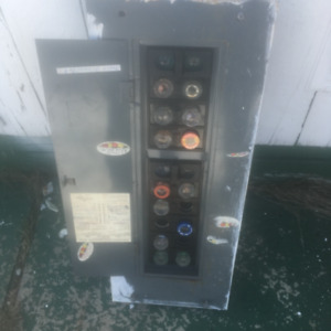 100amps   Electric  fuses panel.